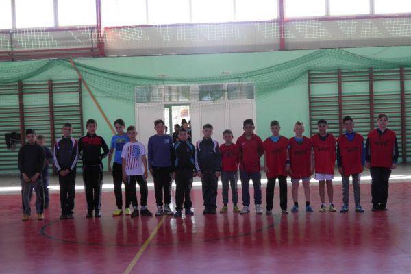 2016-iskola-maskent-058B8CF768-FDDD-7086-A490-79DA5F750583.jpg