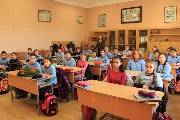 gelencei-jancso-benedek-altalanos-iskola-v-a-osztaly-2016-2017-36555E857-88FF-56AA-45D9-20D6F89BDB77.jpg