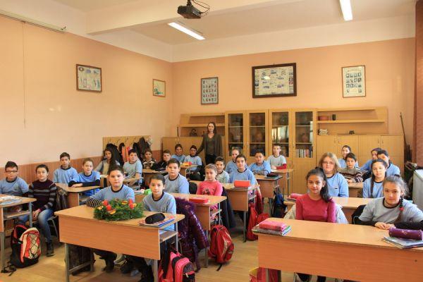 gelencei-jancso-benedek-altalanos-iskola-v-a-osztaly-2016-2017-4C897CF6A-173E-F80D-92B8-5459347F876F.jpg
