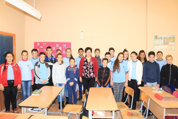 gelencei-jancso-benedek-altalanos-iskola-vi-a-osztaly-2016-2017-11F7174EC-D724-495B-36A7-DF9AA259EFF5.jpg