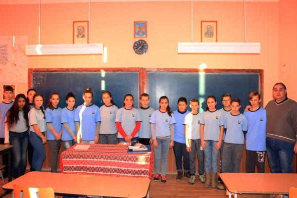 gelencei-jancso-benedek-altalanos-iskola-vii-b-osztaly-2016-2017-464FE2B9E-993D-F58F-A4D3-C66EC2AB6948.jpg