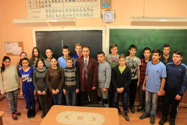 gelencei-jancso-benedek-altalanos-iskola-viii-a-osztaly-2016-2017-13E59EC82-B222-88C5-2A34-D0A4B47F5805.jpg