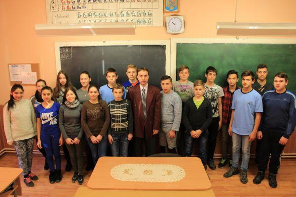 gelencei-jancso-benedek-altalanos-iskola-viii-a-osztaly-2016-2017-2A63AC046-9D22-D943-4AC5-005CA21B2AF6.jpg