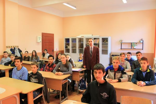 gelencei-jancso-benedek-altalanos-iskola-viii-a-osztaly-2016-2017-5044D6EBC-F8B6-C258-CDBE-A2D67BAE0A55.jpg