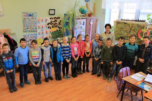 gelencei-jancso-benedek-altalanos-iskola-iii-b-osztaly-2016-2017-167BCBCB5-ABF6-ABDE-8B5E-29D8D428A7BA.jpg