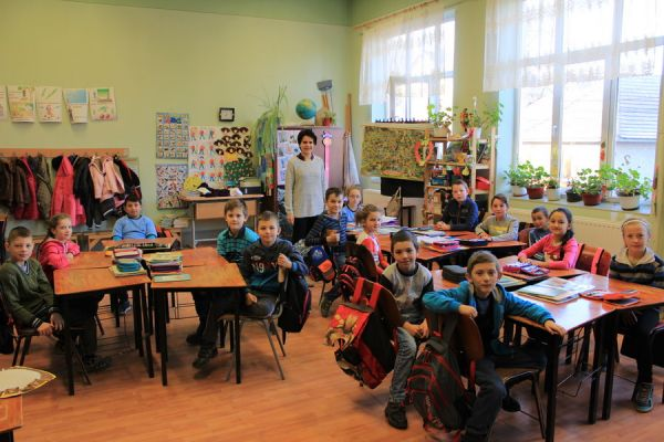 gelencei-jancso-benedek-altalanos-iskola-iii-b-osztaly-2016-2017-4DA9A764E-986B-71D8-DC9F-6E99FC9E887B.jpg